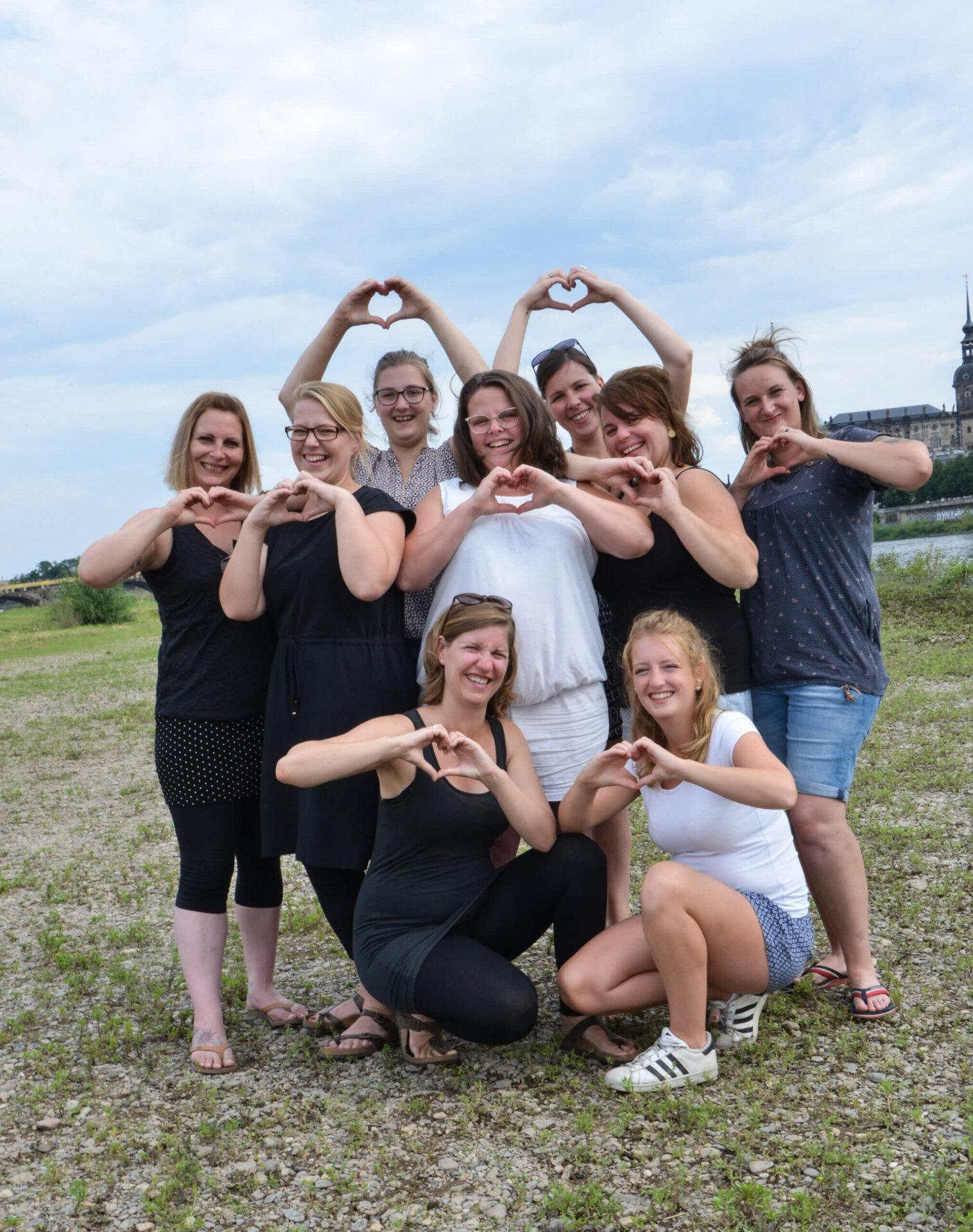 Herzliches Gruppenfoto von Indra Wegener