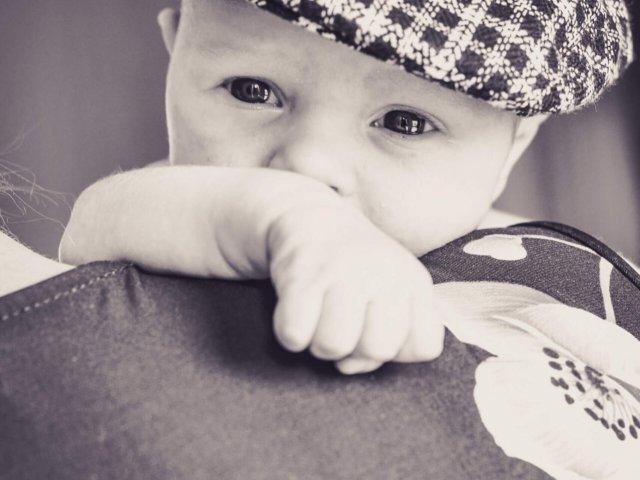 auch ein Hut steht dem Baby gut